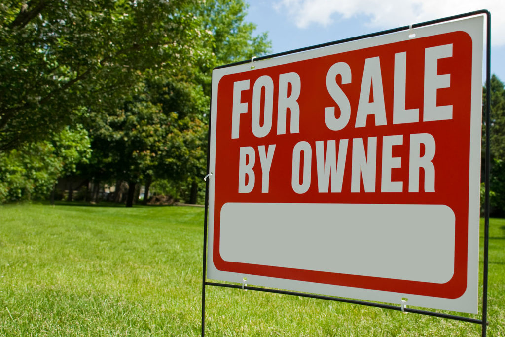 How to Sell Land By Owner - A For Sale Sign on the Property is a Must